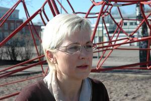 ALLVARLIGT. Helena Car, rektor vid Centralskolan i Tierp, ser väldigt allvarligt på tisdagens händelser då två pojkar blev misshandlade på skoltid.