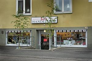 En av flera små butiker på Gärdet