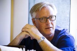 Peter Eriksson, docent i kardiologi, är knuten till verksamheten.