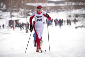 Nils Lundgren, Stockviks SF kom efter fem kilometer på en andraplats i herrar femton år.