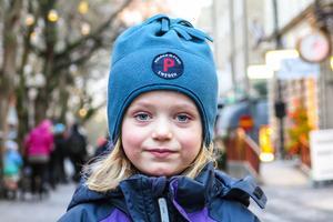 Stella Lindgren, 5 år, Frösön: – Nej. Men jag har bakat pepparkakor med Ingrid, min dagiskompis. Jag och mamma och pappa och Ebba ska köpa pepparkakshusgrejer.