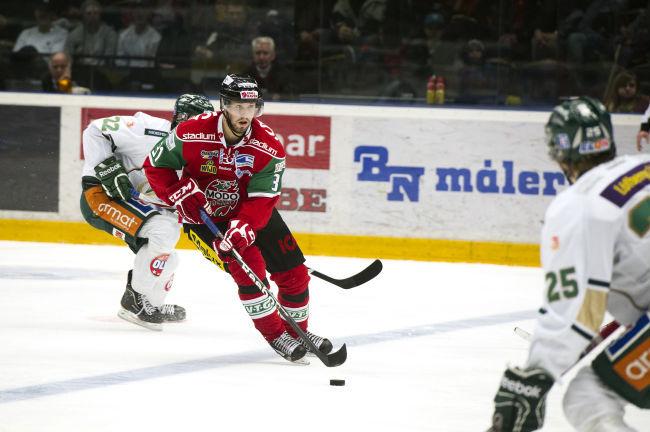 Axelsson far spela med juniorerna 3