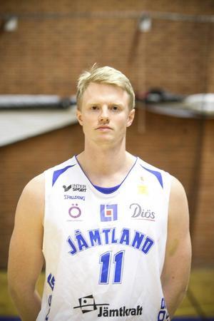 Johan Rönström, 25 år, forward, 203 cm.
