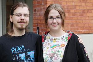 Mats Hjertkvist och Sara Berntsson träffades när de pluggade vid serie- och bildberättarprogrammet i Gävle. Båda har ägnat sig åt rollspel och det är en värdefull hjälp när de skapar sina karaktärer, tycker de.