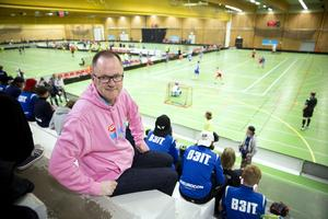 Mats Andréasson är arrangör för innebandycupen som har funnits sedan 1997.
