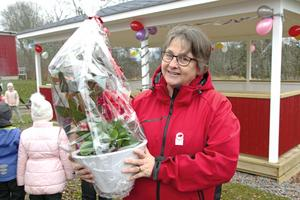 Läraren Eva Englund ligger bakom idén och uppförandet av ett uteklassrum vid By skola.
