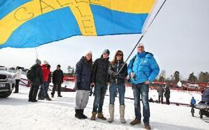 Emelie Roos, Alexander Halfvarsson, Marja Niininen och Janne Halfvarsson. Den saknade familjemedlemmen befann sig i spåret.