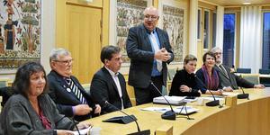 Dalasamverkan vill effektivisera sjukvården i sin budget för 2020. Från vänster Kerstin Lundh (MP), Ingvar