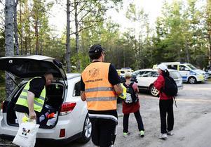Cirka 42 000 personer är volontärer i Missing People i Sverige.