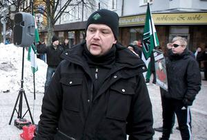 Pär Öberg och hans organisation kommer knappast att göra något ekonomiskt klipp i samband med inträdet i fullmäktige.