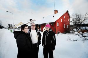 Eva och Jan Sturesson och Pia Pettersson är goda grannar på Malungsgatan.