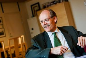 Riksbankschef Stefan Ingves förespråkar nu striktare bankregleringar.   Foto: CHRISTINE OLSSON/SCANPIX