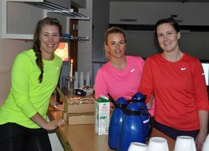 Ninni Bäckström, Kajsa Thunell och Helén Eklind har jobbat hårt för att sy ihop en fullspäckad dag med varierande träningspass.