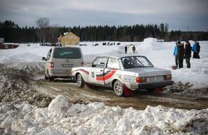 Mats Torszelius, Uppsala, fick bryta med motorhaveri på den åttonde sträckan.