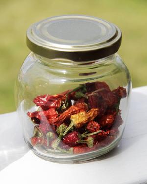 Torkad chili är en utmärkt krydda. Flavio Mancini älskar chili och har till och med prövat att göra chiliglass.