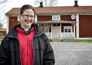 Nyligen blev Carina Särnqvist kyrkoherde i Ljusnarsbergs församling. Med stor arbetslust ser hon nu fram emot att ta tag i, och förbättra verksamheten för församlingsborna.