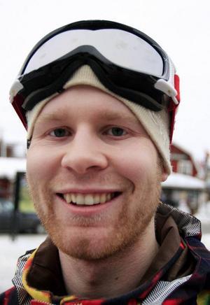 Adam  Karlsson, Uddevalla:– Absolut inte. Jag ska tågluffa i Europa.
