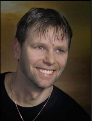 Richard Holm, ursprungsmedlem och basist i Jannez, dog i en mc-olycka i juni 2007. Han blev 45 år.