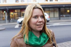 """Petra Nilsson, 37, lärare, Hille: """"Sådant här är alltid jobbigt men om det får gå ett tag kanske det går att se nya möjligheter. Det beror mycket på vad man har för inställning till förändring""""."""