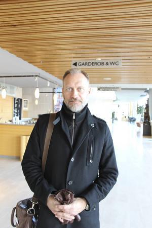 Johnny Jakobsson, mest känd i Gävle som verksamhetsansvarig för Stickan, krismottagningen för män.