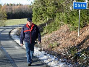 Lars Bergman på promenad genom Öden.