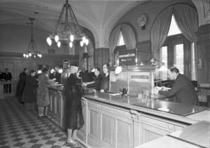 Det var en palatsliknande miljö som bankkunderna möttes av när de kom in i banklokalen i Sparbankshuset under den första halvan av förra seklet.