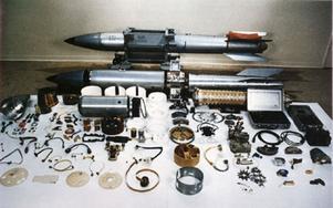 Det här är en bomb med beteckningen B-61. Den kan förses med en laddning som har upp till elva gånger kraften som bomben mot Hiroshima hade.