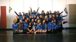 Julle United Dansförening Allstars och Smallstars på cheerleading-EM i Wien.