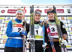 Oskar Svensson (till höger) gjorde Teodor Peterson och Calle Halfvarsson sällskap på prispallen.
