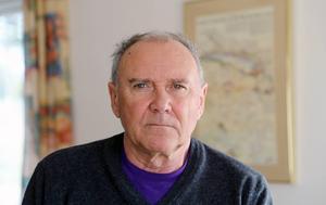 Jan Olov Bergström, Hede, är kontrollant på bygget uppe vid Lossen