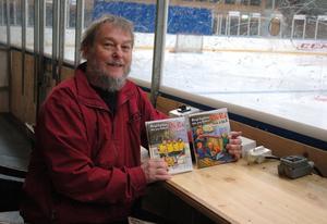 Bengt Ingelstam är nu aktuell med två böcker i en ny serie om hockeykillen Pelle Puck.