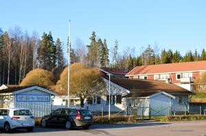 Demensboendet ska byggas i skogen ovanför förskolan och hyreshusen i Högsveden.
