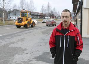 Joackim Danielsson, från Kälarne, anser att den politiska ledningen i Bräcke kommun måste förbättra för boende på landsbygden.