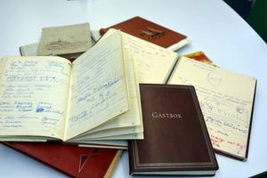 Under fem års tid före regleringen fanns gästböcker vid Byforsen. I genomsnitt skrev 1 300 personer per år i gästboken. Vilket vittnar om forsens popularitet.