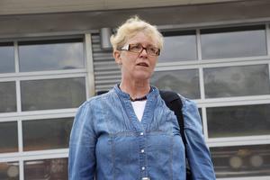 Agneta Larsson var tidigare inhyrd som ambulansläkare, nu har hon anställts av regionen på heltid och kommer att ha sin arbetsplats på ambulansstationen i Gävle.