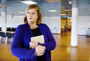 – Ett jättebra boendealternativ, konstaterar Annica Nordin på Migrationsverket som planerade mottagandet i den tidigare militärrestaurangen på F 4.