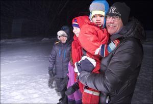 Ture Myhr med barnbarnet Maikel.