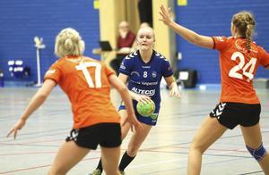Nora Skoglund satte tryck på sin vänsterkant i lördagens seriefinal.