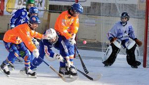 Bollnäs kämpade väl i Mini World Cup 2011. Laget åkte dock ut i gruppspelet.