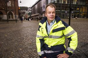 Dagarna må vara hektiska för Peo Halvarsson men långtråkigt behöver han aldrig ha.