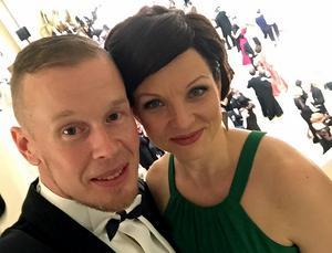 Ville Aaltonen var på presidentmiddag tillsammans med frun Pia.