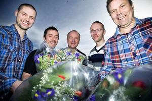 Thomas Larsson och Patrik Norgren, Norscand Import, Kurt Halvarsson och Peter Svedberg, Alir power systems och Lennart Wikström, DL Systems får hålla tummarna inför företagargalan Eldklotet i Gävle den 21 april. De har alla chans att bli Årets företagare i Söderhamn.