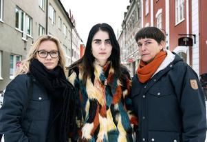 Kvinnor med starka åsikter bemöts ofta annorlunda än män. Lina Norberg Juuso, Elin Nilsson och Sofia Mirjamsdotter har alla ett starkt politiskt engagemang, vilket de fått ta emot hat och hot för.