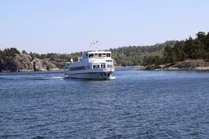 Att resa med Waxholmsbåt är ett populärt sommarnöje. Från och med den 16 september gäller vissa SL-biljetter som färdbevis i skärgårdstrafiken.