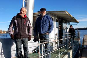 Hans Forsström var skeppare och Agne Karlander maskinist på Laxen i fredags.