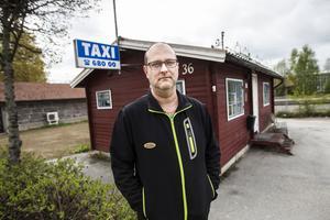 – Vi är egna företagare allihopa som kör här och nu kommer vi att splittras, säger delägare Jim Sandström.