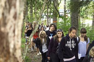 Vi unga är inte farliga, påpekar skribenten (bilden från annan ort). Arkivfoto:  Helena Bengtsson/NA