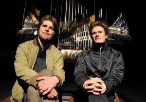 Jens Peterson-Berger och Olov Ylinenpää sätter ljud på Verket.