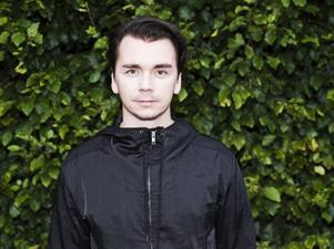 ANDAS HILL. Emil Jensen kommer till Gävle och en festival med rebelliskt tema.
