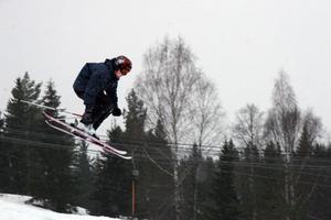 Slalombackens nya fun park har varit en lyckad satsning. Många ungdomar har kört i backen denna vinter.